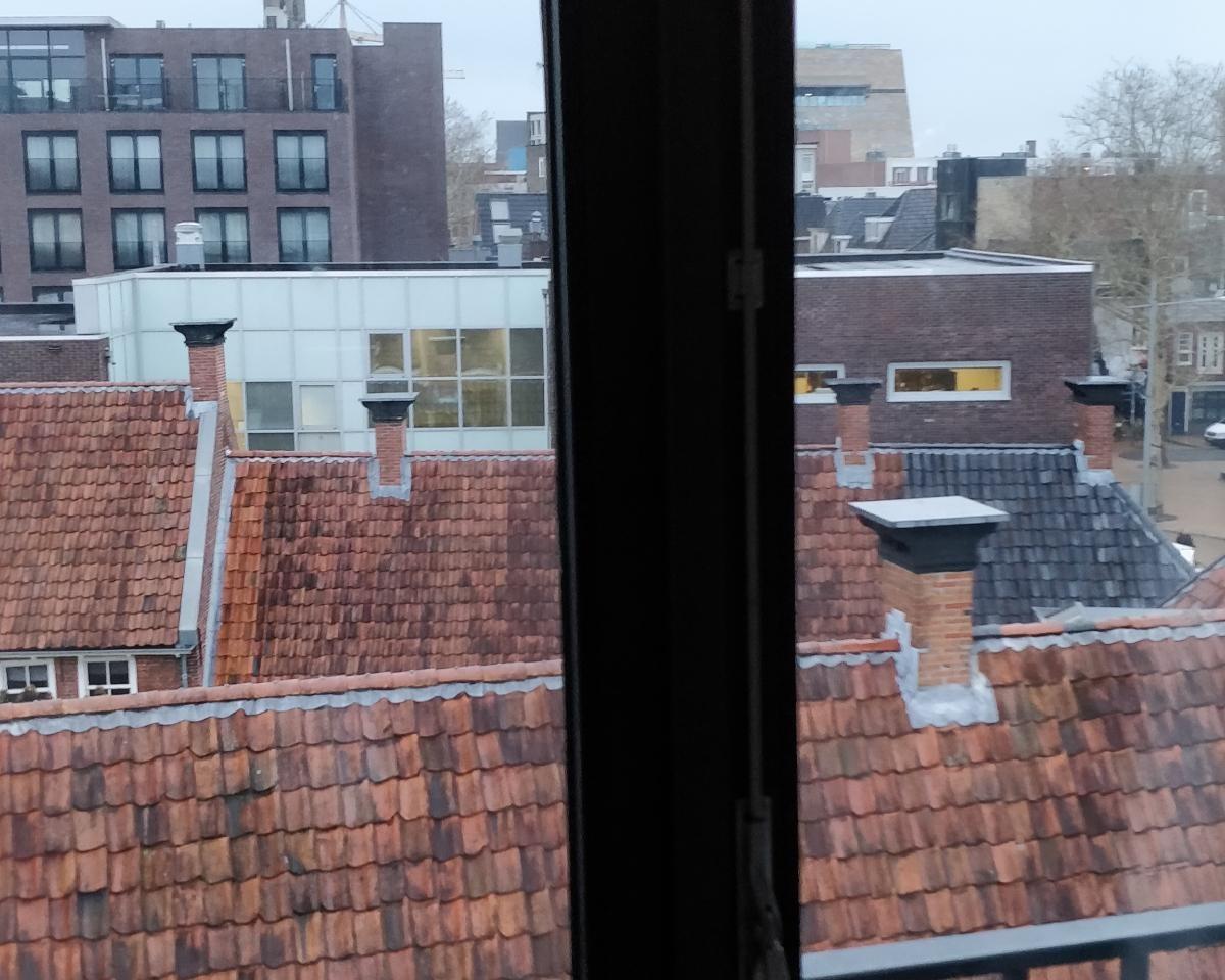 Kamer aan Herebinnensingel in Groningen