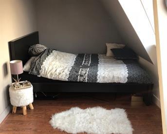 Kamer in Groningen, Oude Ebbingestraat op Kamernet.nl: mooie kamer tijdelijk te huur