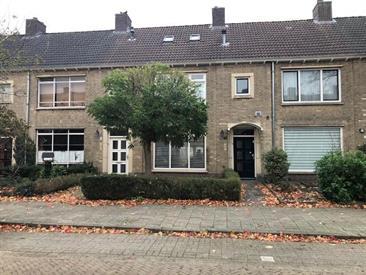 Kamer in Eindhoven, Hortensiastraat op Kamernet.nl: Jaren '30 gemeubileerde tussenwoning