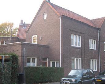 Kamer in Heerlen, Oude Kerkstraat op Kamernet.nl: Studenhuis kamer 2