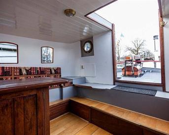 Kamer in Amsterdam, Amstel op Kamernet.nl: Skinny Bridge Houseboat room