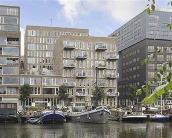 Kamer in Amsterdam, Westerdok op Kamernet.nl: Modern apartment 10min walk from Central