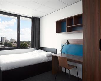 Kamer in Rotterdam, Willem Ruyslaan op Kamernet.nl: Volledig ingerichte kamer met eigen badkamer