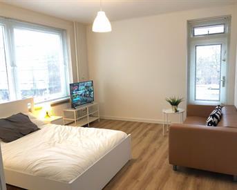Kamer in Amsterdam, Tussen Meer op Kamernet.nl: Laatste kamer volledig gerenoveerd appartement