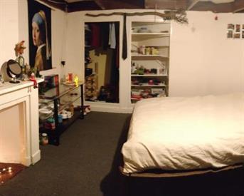 Kamer in Enschede, Schurinksweg op Kamernet.nl: Studenten kamer te huur