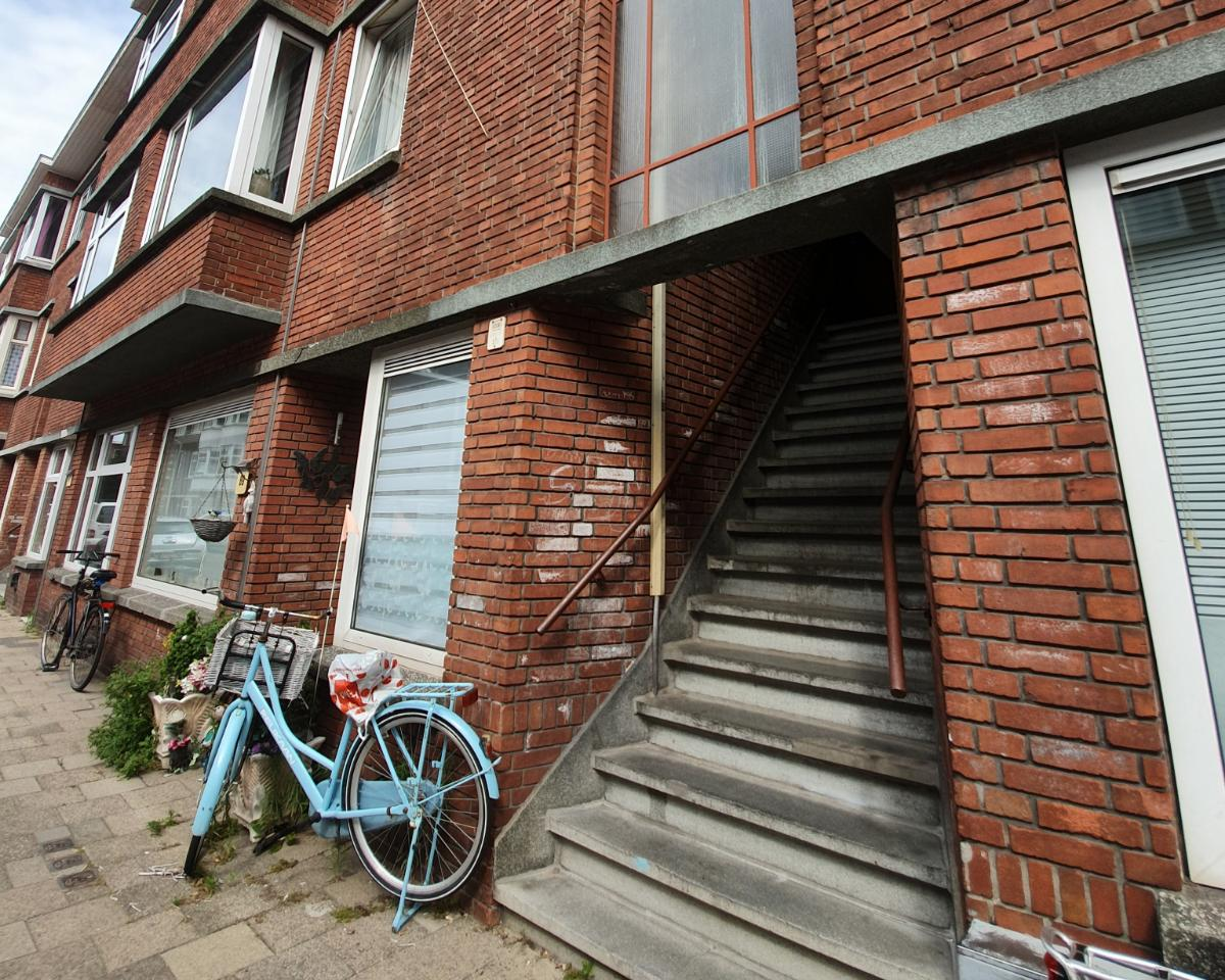 Kamer te huur in de Dautzenbergstraat in Den Haag