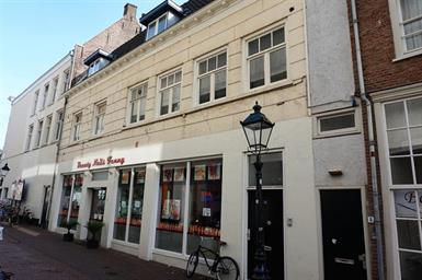 Kamer in Den Bosch, Minderbroedersstraat op Kamernet.nl: Appartement gelegen tussen Markt en Minderbroedersplein