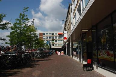 Kamer in Hengelo, Stationsplein op Kamernet.nl: Zeer ruime kamer met balkon in Centrum Hengelo €425,- All-in