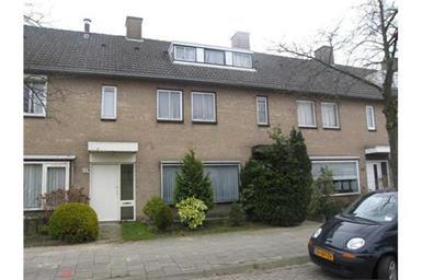 Kamer in Eindhoven, De Stoutheuvel op Kamernet.nl: Keurig onderhouden, modern afgewerkt, royaal woonhuis