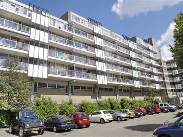 Kamer in Capelle aan den IJssel, Zadkinerade op Kamernet.nl: Keurig onderhouden, licht 3 kamer appartement