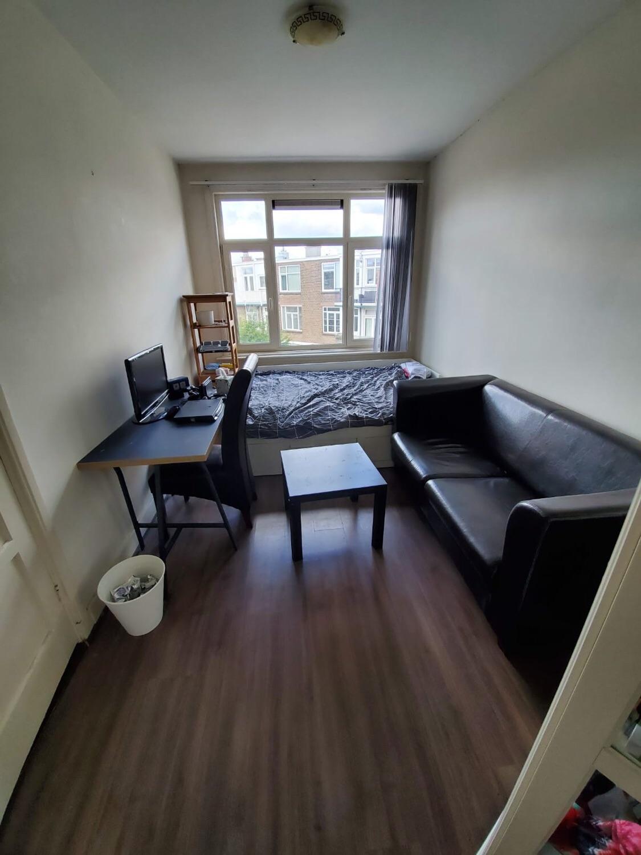 Kamer te huur in de Pahudstraat in Den Haag