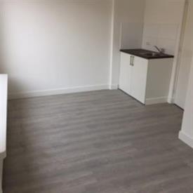 Kamer in Tilburg, Heile Schoorstraat op Kamernet.nl: Semi studio, met eigen badkamer, gedeelde keuken