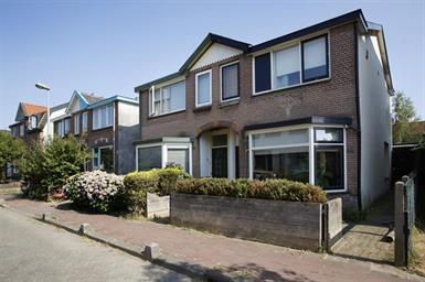 Kamer in Bussum, Hamerstraat op Kamernet.nl: Fijne, volledig gemeubileerde 2-onder-1 kap woning