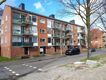 Kamer in Enschede, Zaanstraat op Kamernet.nl: Ruim en zeer gunstig gelegen driekamerappartement