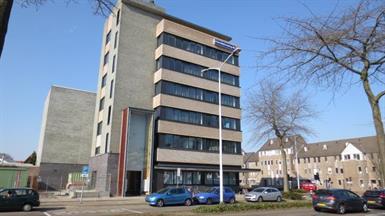 Kamer in Eindhoven, Zernikestraat op Kamernet.nl: Volledig gemeubileerde studio