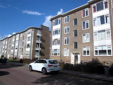 Kamer in Arnhem, Huissensestraat op Kamernet.nl: Ruim gerenoveerd appartement per direct te huur!