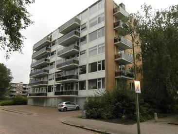 Kamer in Amstelveen, Rozenoord op Kamernet.nl: Mooi afgewekt ruim 3 kamer appartement