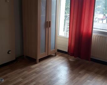 Kamer in Nijmegen, Sonatestraat op Kamernet.nl: mooie licht kamer met balkon