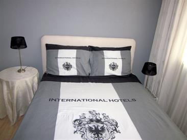 Kamer in Emmen, Oringerbrink op Kamernet.nl: Comfortabele gemeubileerde kamer in net huis