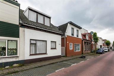 Kamer in Enschede, Lipperkerkstraat op Kamernet.nl: Gemeubileerde woning in Enschede €1000,- per maand