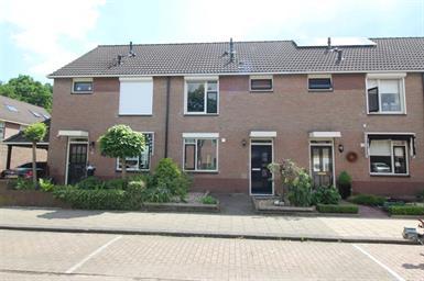 Kamer in Hengelo, Bittervoornstraat op Kamernet.nl: Mooie tussenwoning met vier slaapkamers