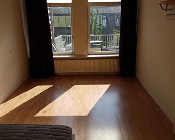 Kamer in Haarlem, Generaal Cronjestraat op Kamernet.nl: Ruime kamer met dakterras vlakbij station