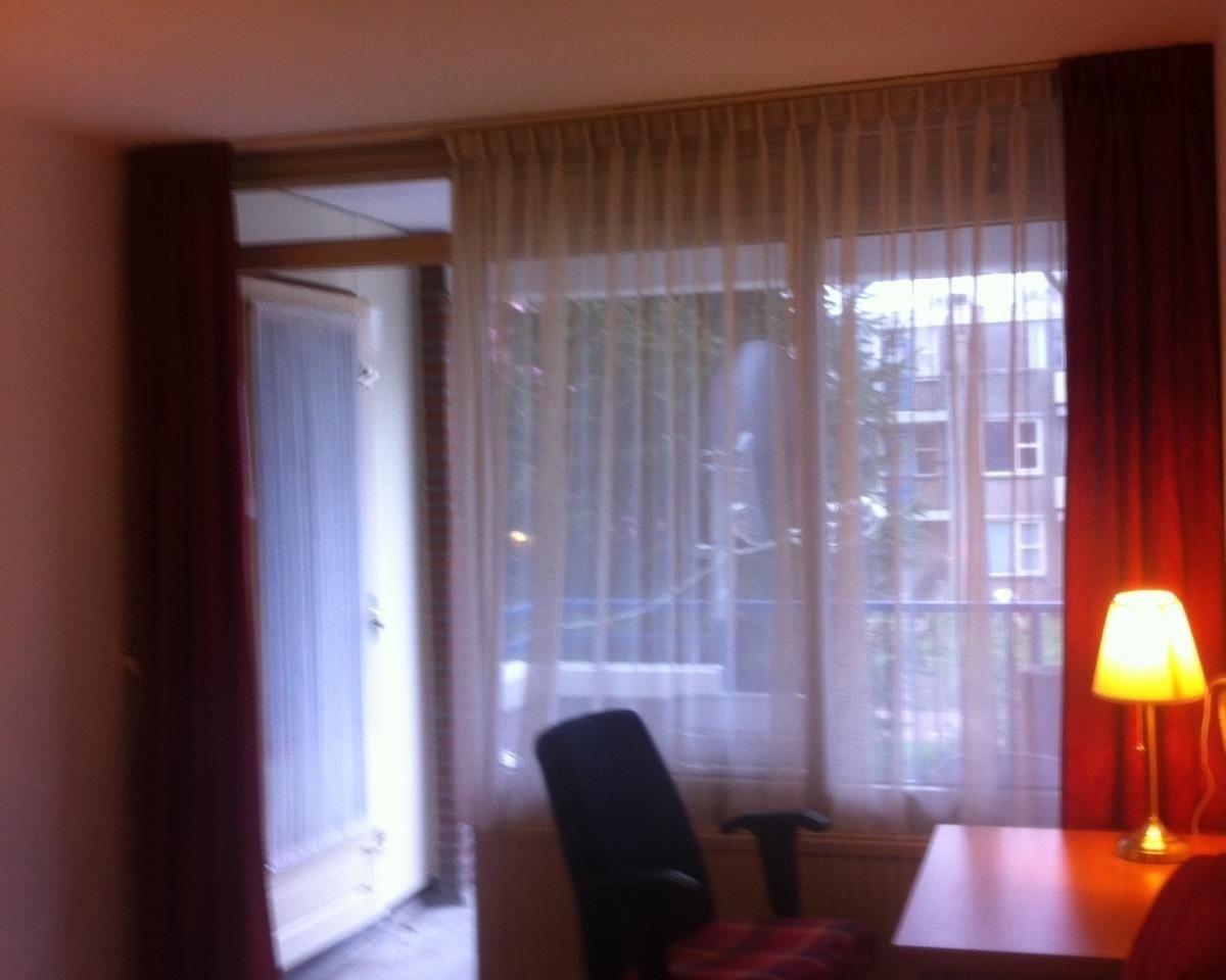 Kamer aan Veldhuizenstraat in Amsterdam