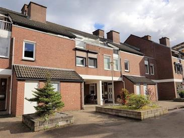 Kamer in Maastricht, Vergiliushof op Kamernet.nl: Ruime woning in de wijk Daalhof met een ruime woonkamer