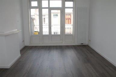 Kamer in Den Haag, Columbusstraat op Kamernet.nl: Recent gerenoveerd 4 kamer appartement