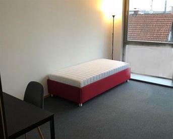 Kamer in Gouda, Raam op Kamernet.nl: Kamer in het centrum