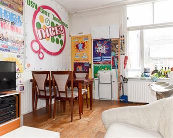 Kamer in Delft, Delfgauwseweg op Kamernet.nl: Kamer in een Royale huis!