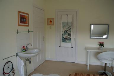 Kamer in Den Haag, Vreeswijkstraat op Kamernet.nl: Beautiful Spacious Room for rent