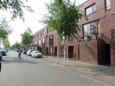 Kamer in Eindhoven, Grasveld op Kamernet.nl: Ruime eigentijdse woning met veel gebruiksmogelijkheden