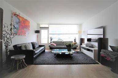 Kamer in Diemen, Zeezigt op Kamernet.nl: Spacious 3-bedroom apartment with parking