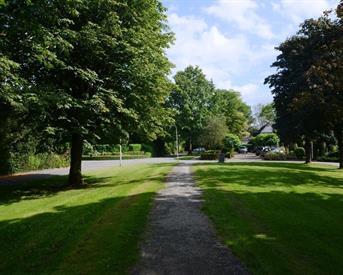 Kamer in Haren Gn, Lorentzweg op Kamernet.nl: Gastenverblijf bij Villa in Haren