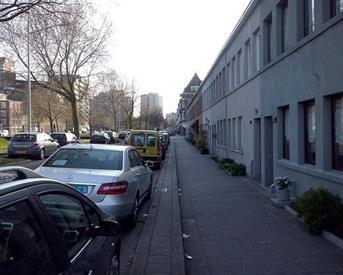 Kamer in Rotterdam, Lange Hilleweg op Kamernet.nl: 16 m2 Super Kamer voor 1 Dame