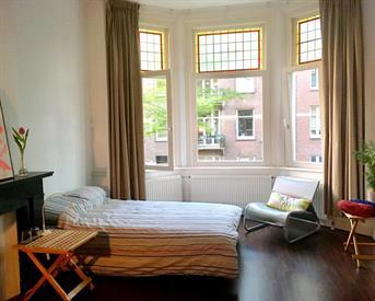 Kamer in Amsterdam, Maarten Harpertszoon Trompstraat op Kamernet.nl: Mooie grote kamer Oud West 20m2 in apt