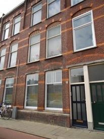 Kamer in Den Haag, Valkenboslaan op Kamernet.nl: Op de 2e etage gelegen beknopt 2 kamer appartement