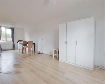 Kamer in Almere, Moergestelstraat op Kamernet.nl: Furnished renovated studio apartment