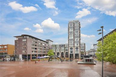 Kamer in Amstelveen, Stadsplein op Kamernet.nl: Geweldig ruim 3-kamer appartement op schitterende locatie