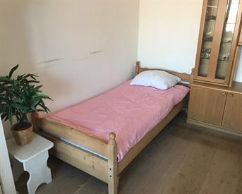 Kamer in Den Haag, Rijswijkseweg op Kamernet.nl: Ruime kamer met erker