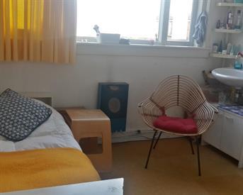 Kamer in Delft, Madoerastraat op Kamernet.nl: Gezellige kamer voor meisje