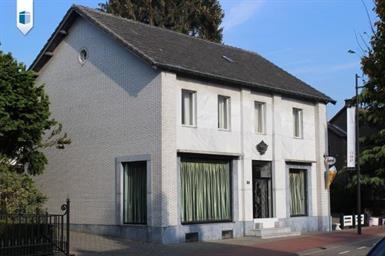 Kamer in Born, Kerkstraat op Kamernet.nl: Pandje met woon- en werkruimte