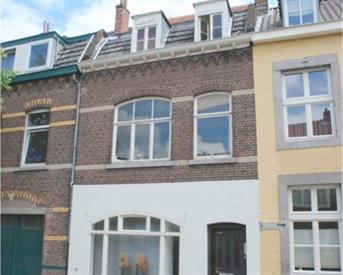 Kamer in Maastricht, Jekerstraat op Kamernet.nl: Gemeubileerde kamer binnenstad Maastricht !