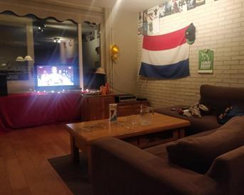 Kamer in Enschede, Pijlhovestraat op Kamernet.nl: Grote Woonkamer (en een kleine Slaapkamer)