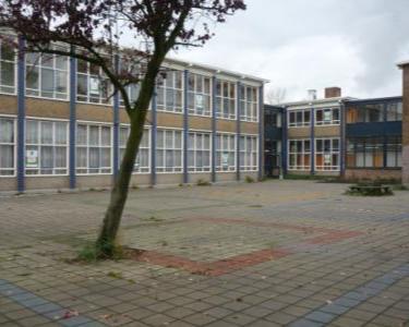 Kamer te huur aan de Digna Johannaweg in Hoogvliet Rotterdam