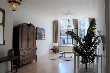 Kamer in Amsterdam, Oudezijds Voorburgwal op Kamernet.nl: AVAILABLE DIRECTLY, fully furnished apartment