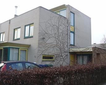 Kamer in Almere, Multatuliweg op Kamernet.nl: Exclusief zolderappartement te huur