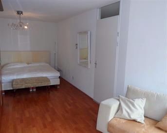Kamer in Amsterdam, Baron G.A. Tindalplein op Kamernet.nl: Ruime verdieping te huur in woning op Zeeburg