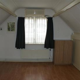 Kamer in Tilburg, Radiostraat op Kamernet.nl: Ruime studentenkamer, voorzien van laminaatvloer